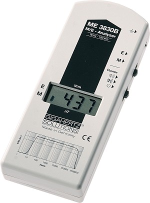 Gigahertz Solutions ME3830B Magnetic and Electric Field EMF Meter